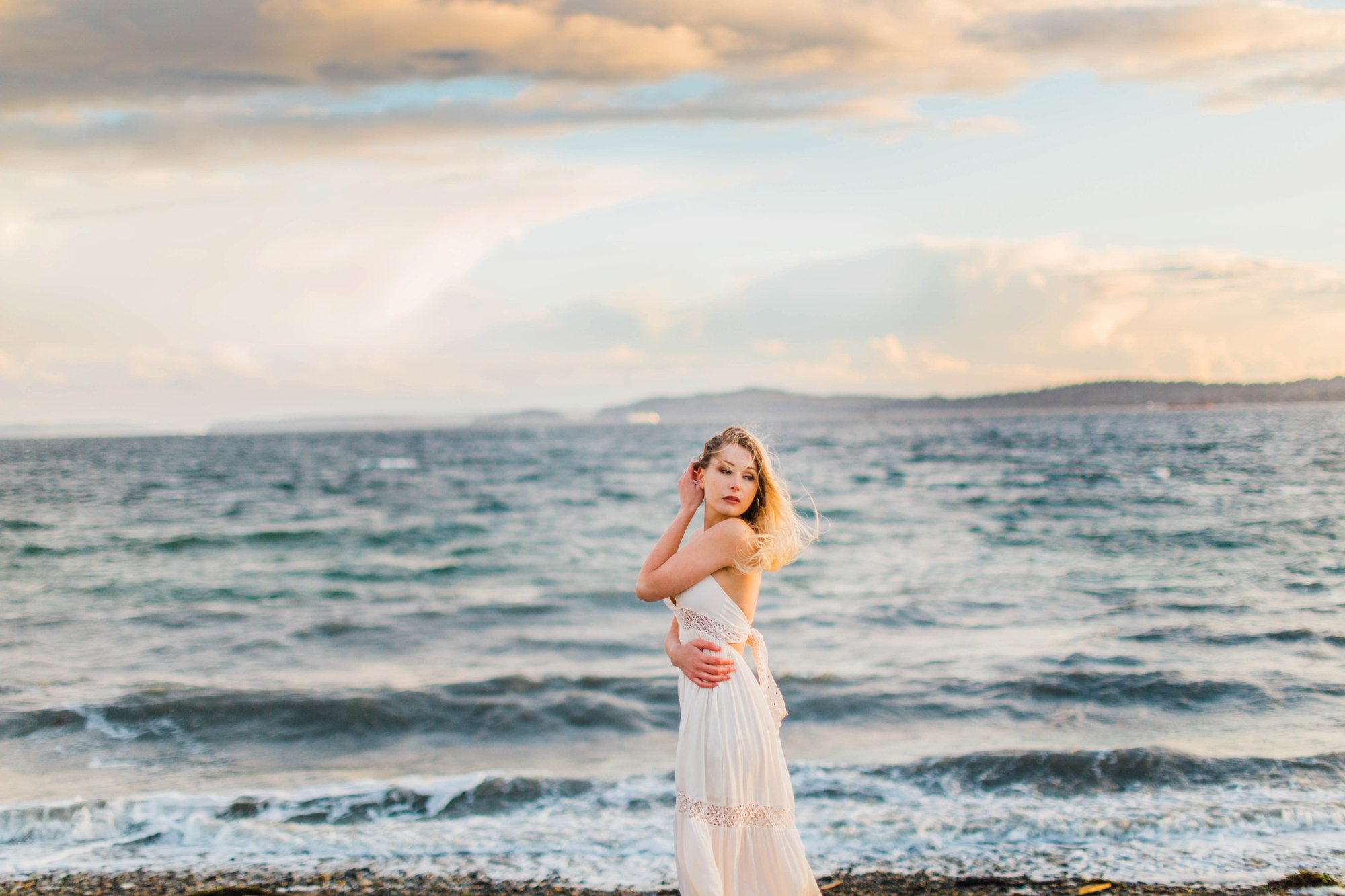 Seattle Destination Wedding, Seattle Bridal Photography , Seattle Bridal inspiration, Seattle Wedding Photography, Seattle Bridal Session, Whimsical Wedding Photography. Discovery Park Seattle, Leanne Rose Photography,